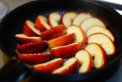 Sweet Sautéed Apples | Sunset Vacations