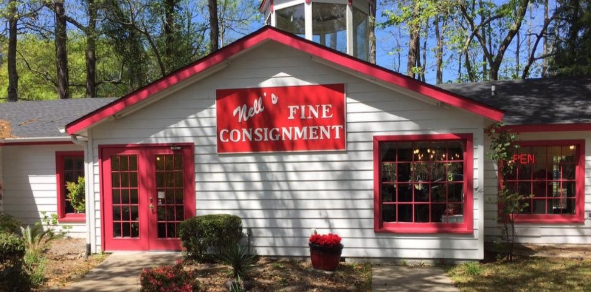 Nell's Fine Consignment in Calabash | Sunset Vacations